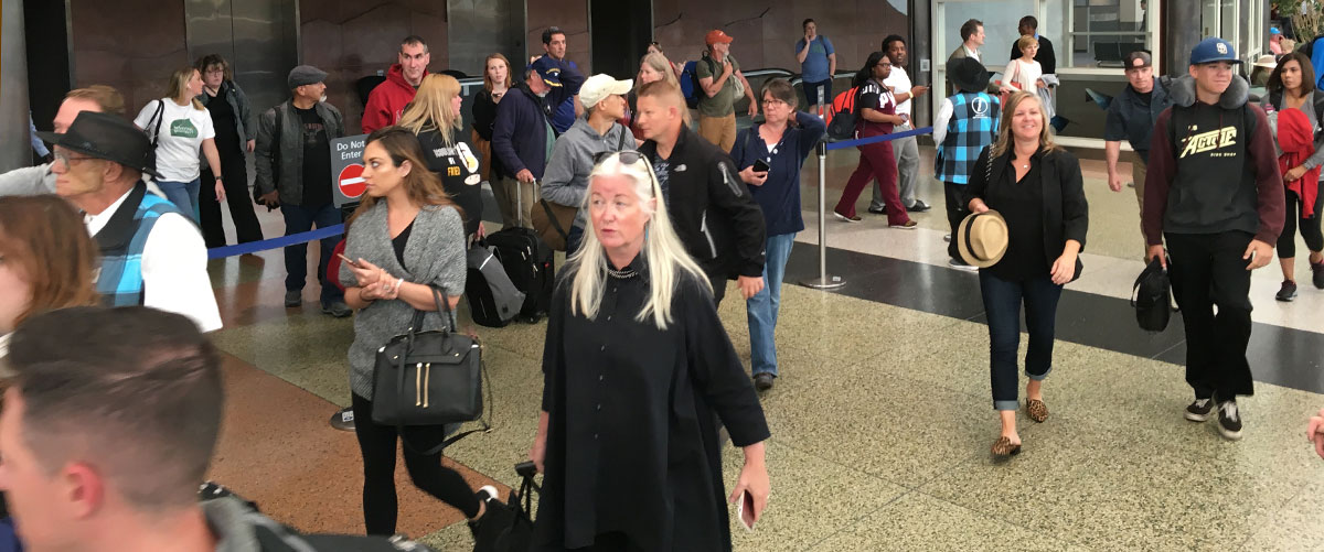 arrivals at denver international airport